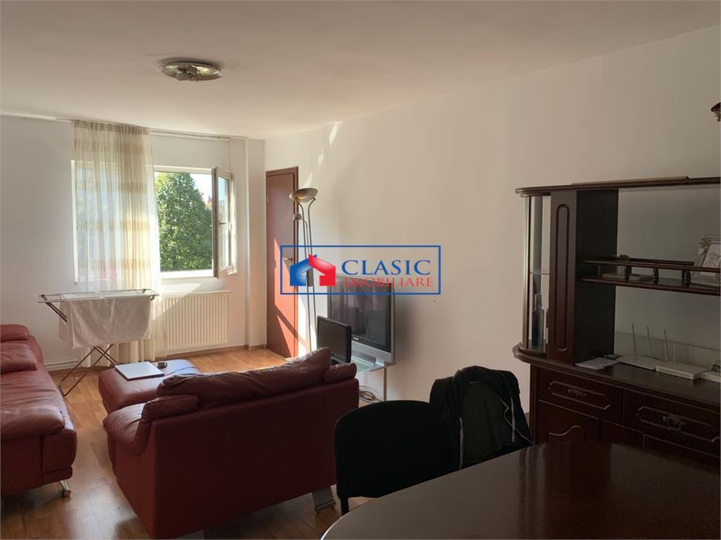 Vanzare apartament 4 camere Centru Piata Cipariu, Cluj-Napoca