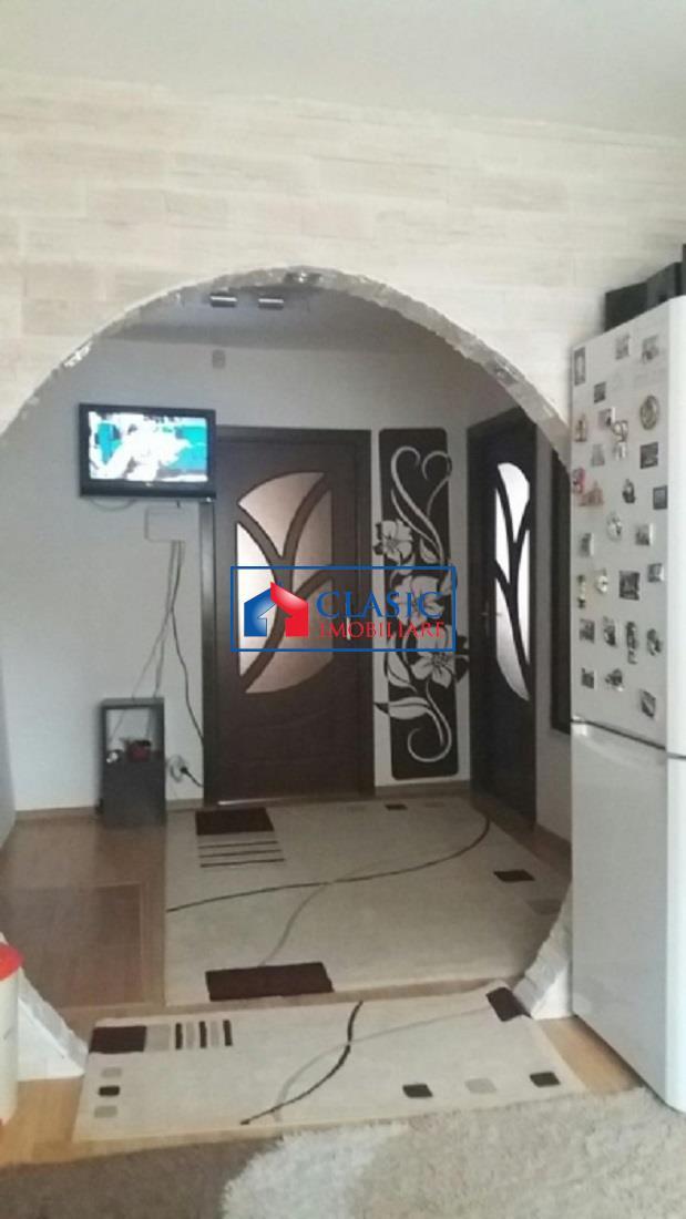 Vanzare Apartament 3 camere in Manastur, Magazin Nora