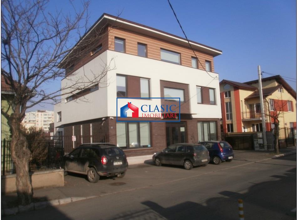 Cladire de birouri 450 mp zona Iulius Mall