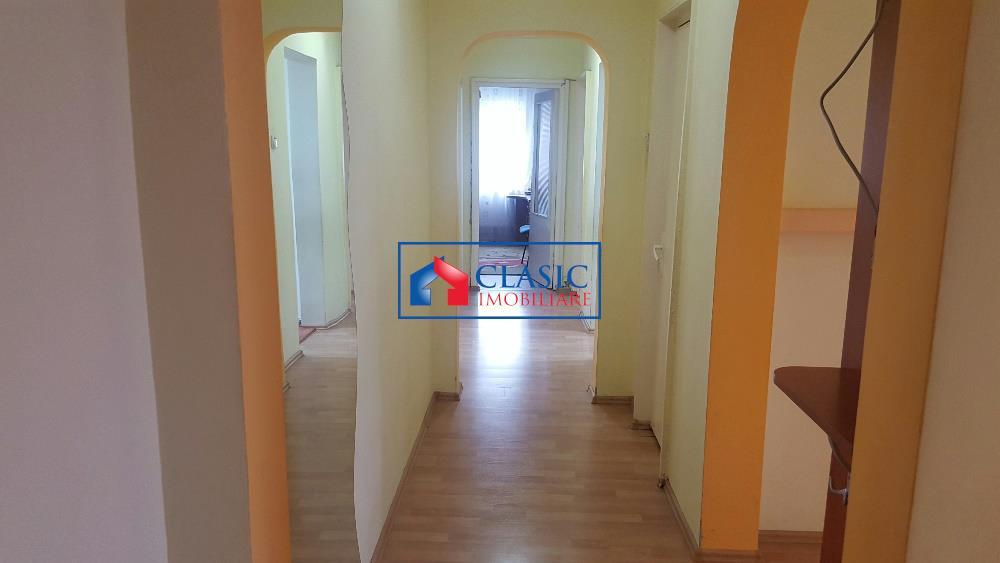 Inchiriere Apartament 4 camere modern in Manastur, Cluj Napoca