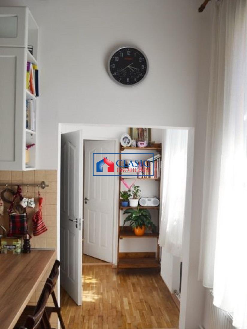 Apartament 3 camere in Centru, la curte, Spitalul Militar