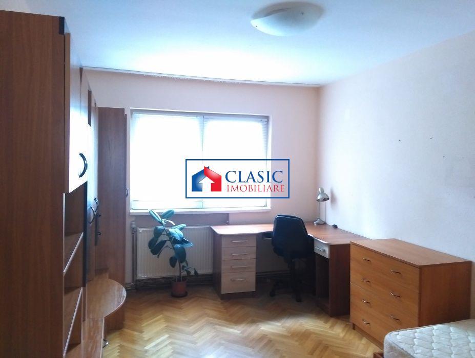 Inchiriere Apartament 4 camere decomandate zona Centrala C. Manastur