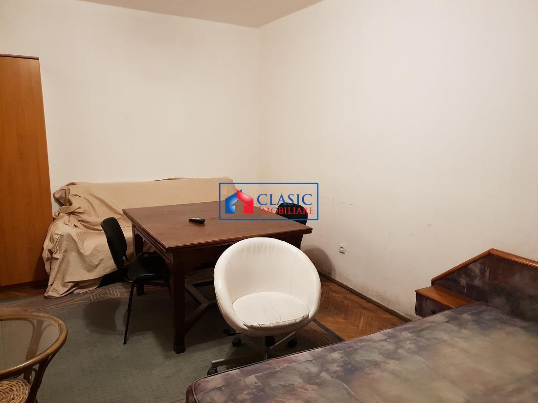 Inchiriere Apartament 2 camere decomandat in Centru, UMF, G. Botanica