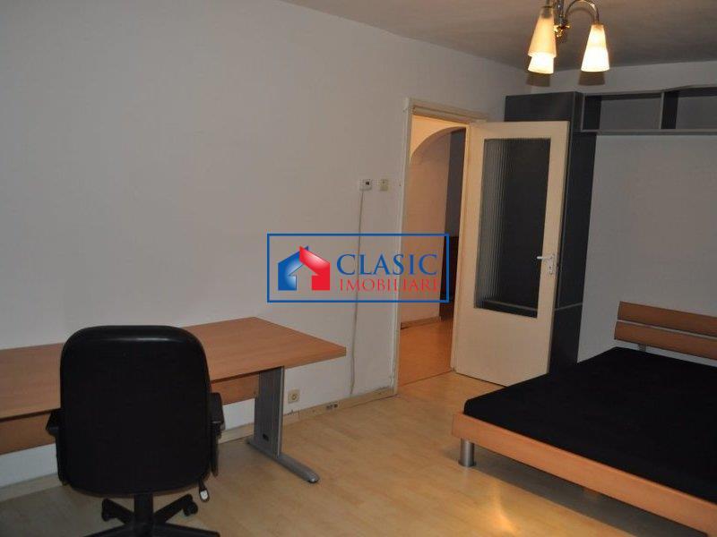 Vanzare Apartament 3 camere Zorilor zona Profi, Cluj Napoca