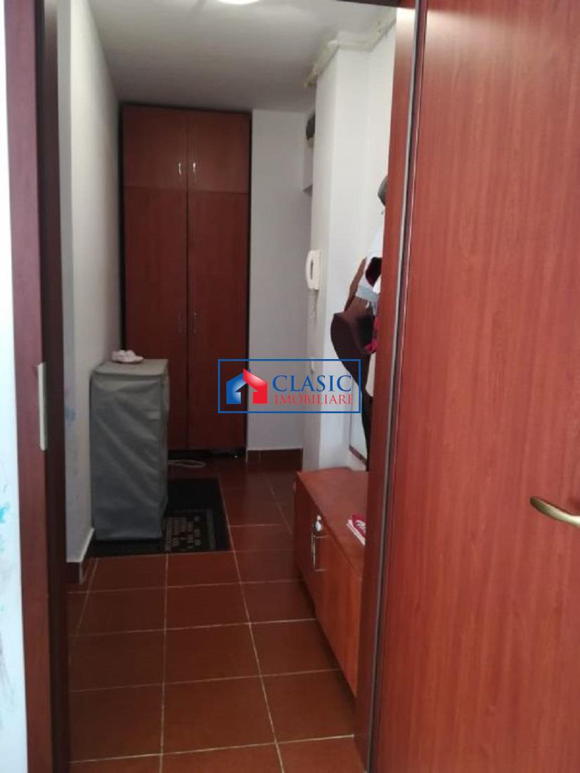 Apartament 2 camere finisat in Centru, Tribunal