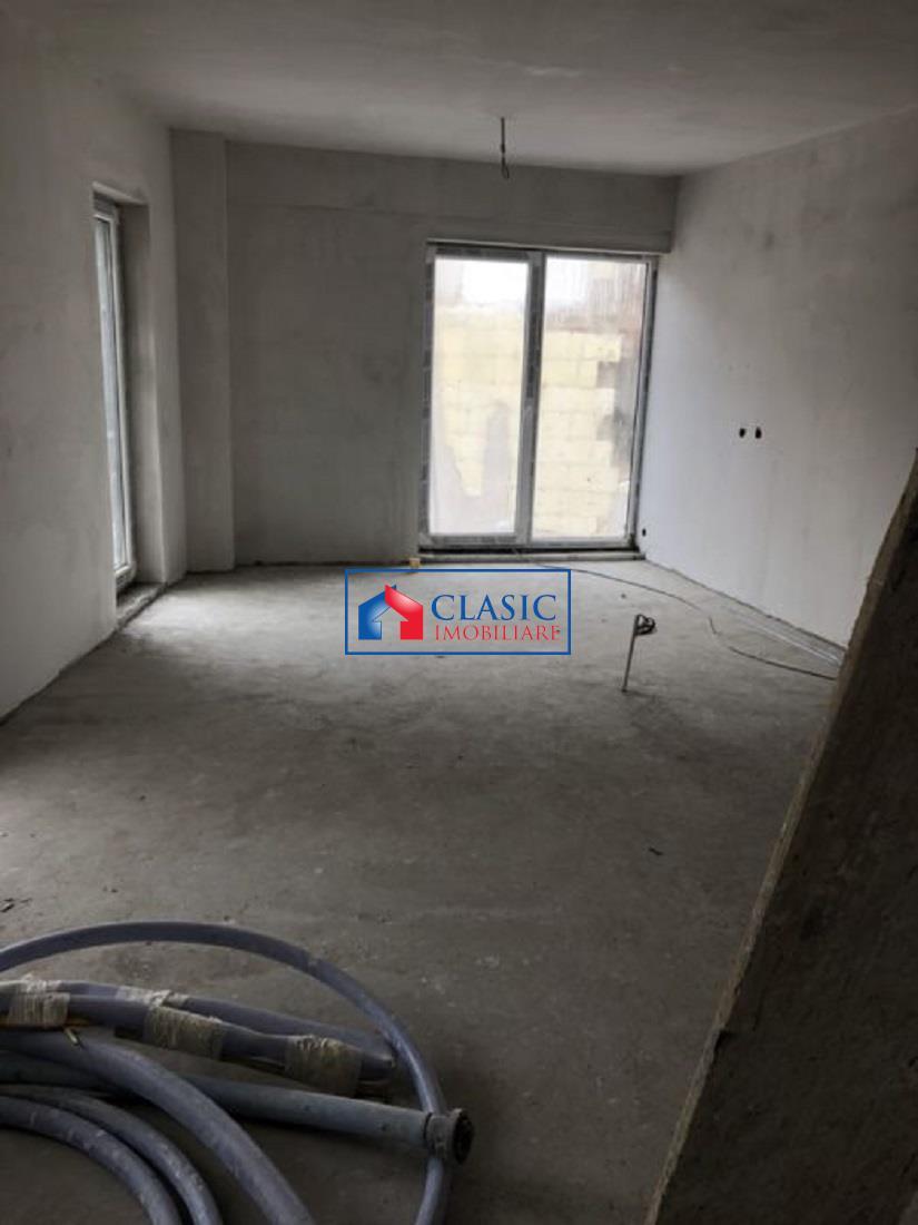 Apartament 2 camere cu balcon 12 mp in Centru, P ta Abator