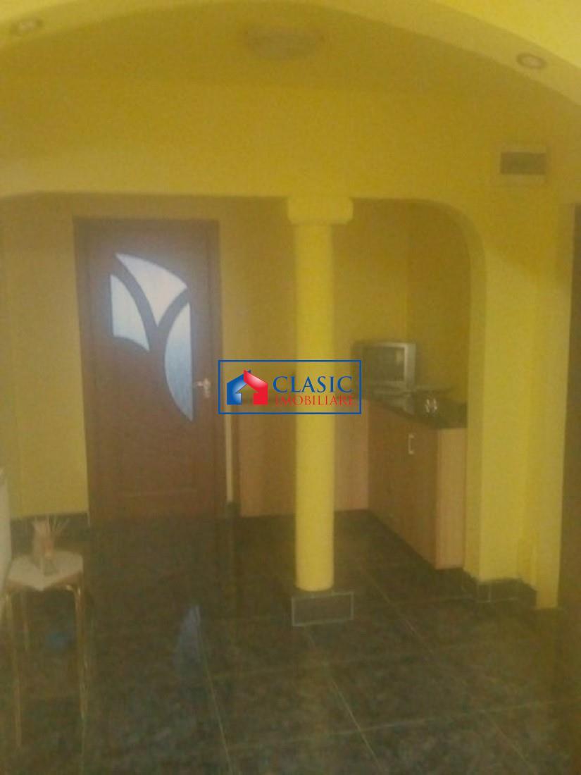 Apartament 3 camere decomandat cu 2 balcoane, beci, P ta Flora