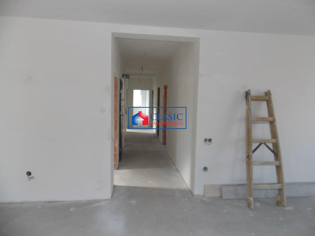Apartament 4 camere de lux cu garaj in A.Muresanu, imobil nou
