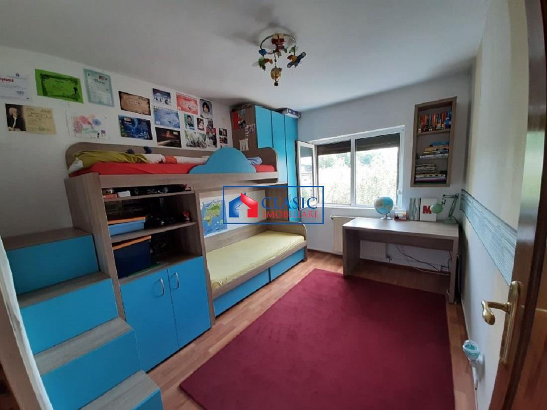 Apartament 3 camere, 2 balcoane, finisat si mobilat modern in Plopilor