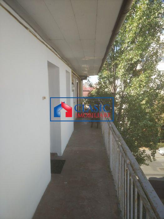 Vanzare Apartament o camere zona Farmec   Marasti, Cluj Napoca