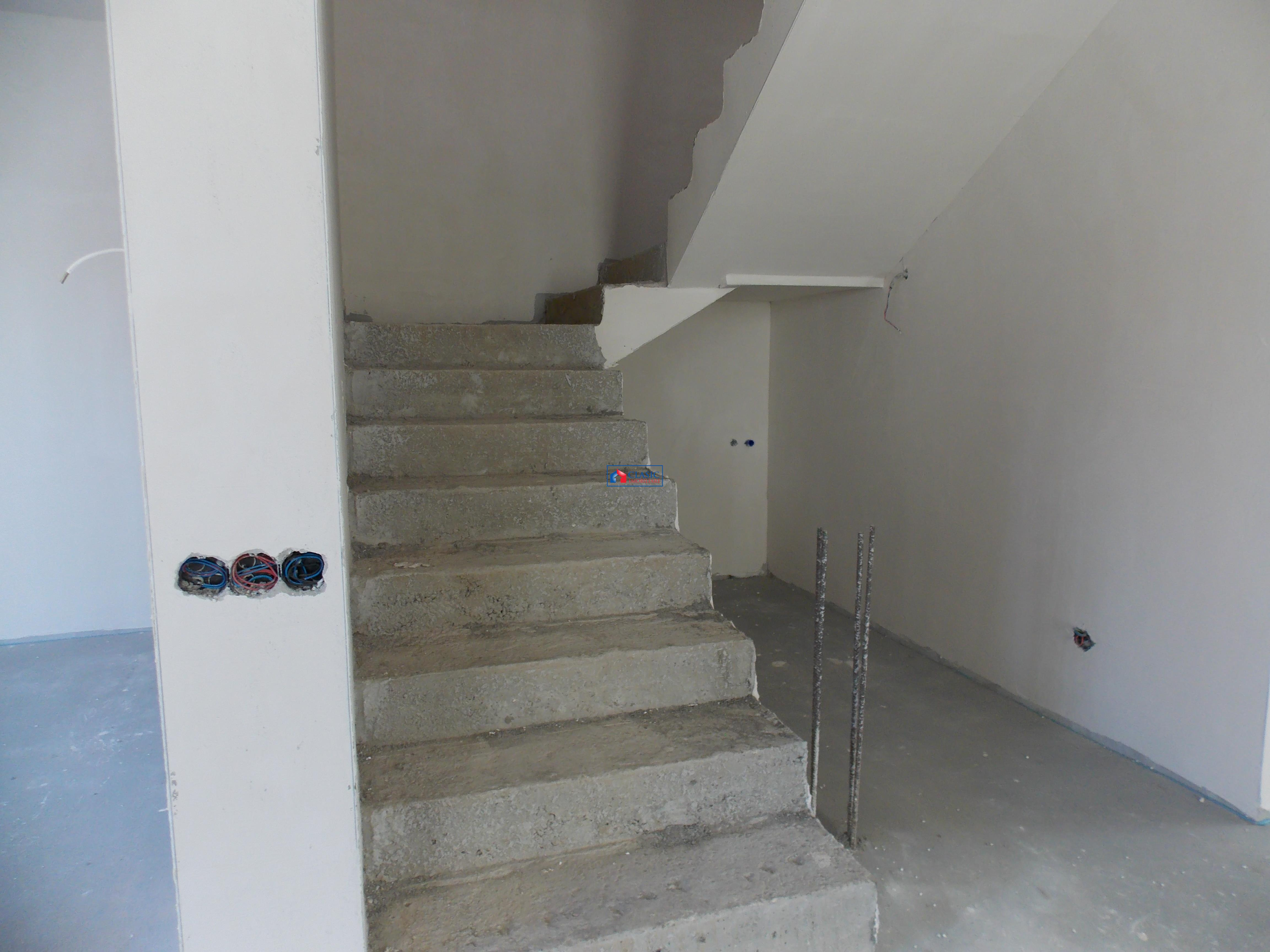 Vanzare parte duplex zona C.Turzii Leroy Merlin   Zorilor, Cluj Napoca