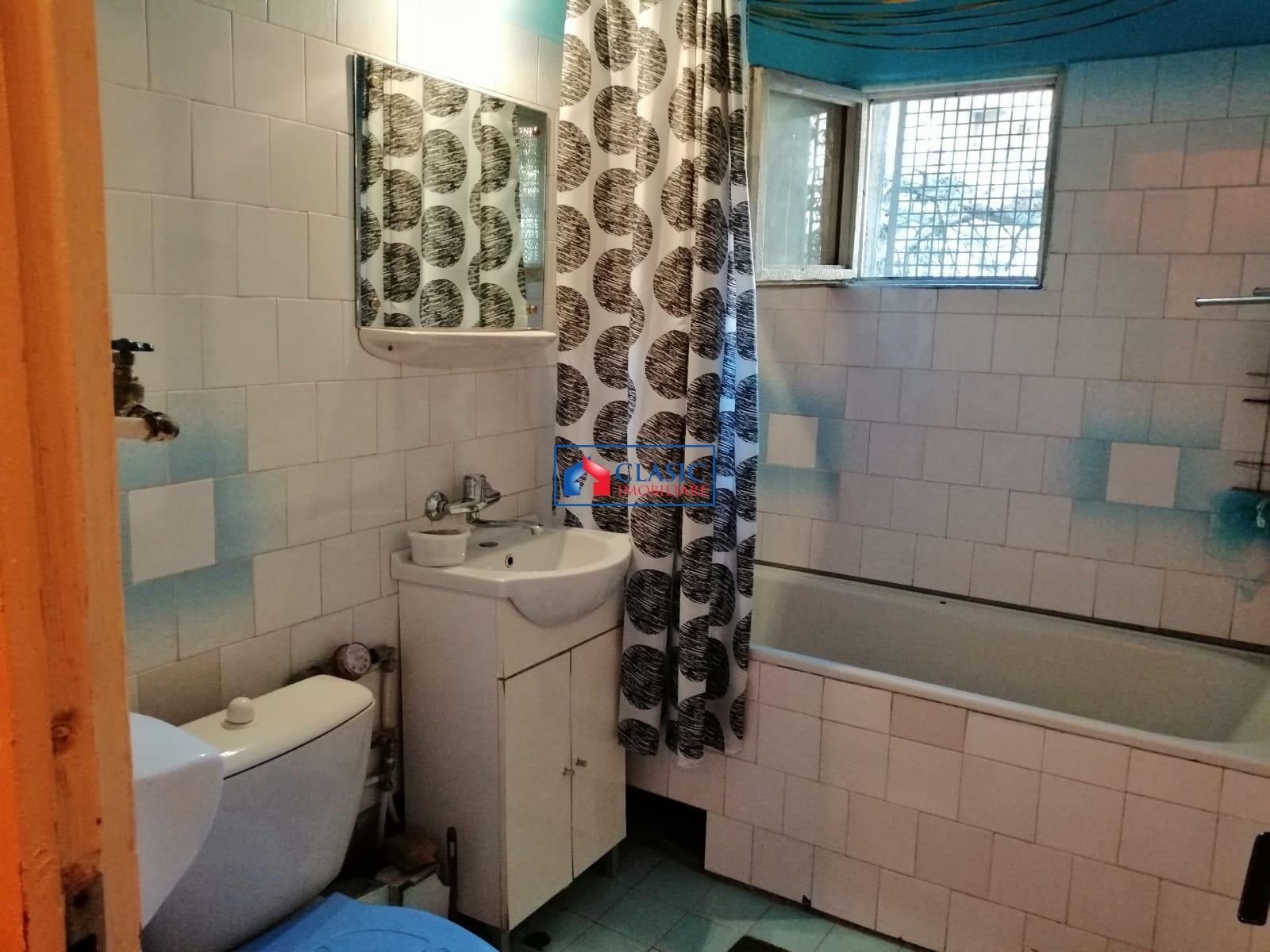 Vanzare Apartament 3 camere decomandat zona Plopilor, Cluj Napoca