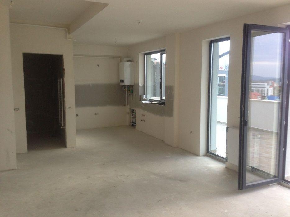 Vanzare apartament 3 camere cu terasa de 80 mp in Buna Ziua