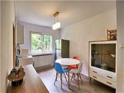 Vanzare apartament 3 camere decomandat zona Casa Radio Grigorescu, Cluj-Napoca