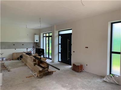 Vanzare parte duplex 4 camere in Manastur zona Campului