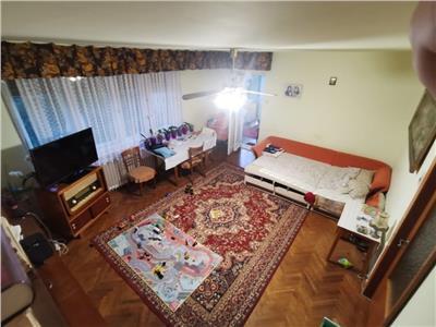 Vanzare apartament 3 camere 82 mp Piata Engels, Andrei Muresanu, Cluj-Napoca