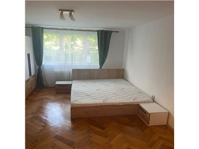 Inchiriere apartament 2 dormitoare in Plopilor