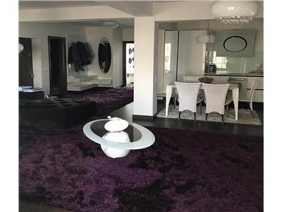 Vanzare apartament 3 camere de LUX in Zorilor- M. Eliade