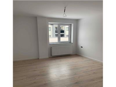 Vanzare apartament 4 camere in Dambul Rotund- zona Fabrica de Sport