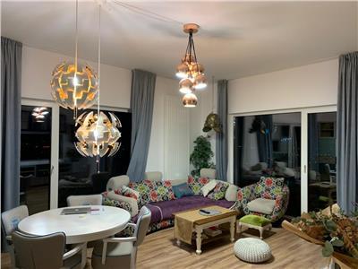 Vanzare apartament 4 camere tip penthouse, cu terasa de 100 mp in Buna Ziua zona Lidl
