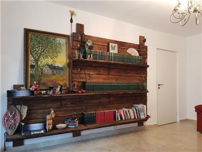 Vanzare apartament 2 camere decomandat zona Parcul Babes Plopilor