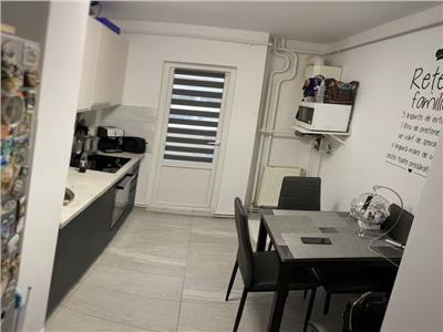 Vanzare apartament 2 camere decomandat Manastur zona BIG, Cluj-Napoca