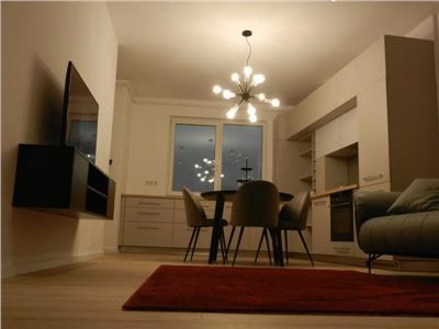 Inchiriere apartament 3 camere de LUX in Centru- zona Pta Mihai Viteazul, Cluj