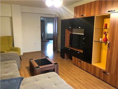 Inchiriere apartament 3 camere, zona Centrala- Piata Stefan cel Mare, Cluj-Napoca.
