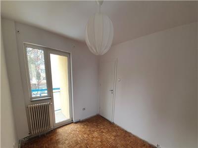 Vanzare apartament 3 camere zona Mc Donalds Manastur, Cluj-Napoca