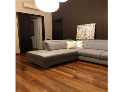 Vanzare apartament 3 camere de LUX zona Piata Mihai Viteazul Centru Cluj Napoca