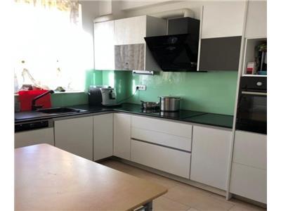 Vanzare casa insiruita 4 camere 120 mp in Borhanci- zona Romul Ladea, Cluj Napoca