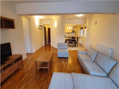 Inchiriere apartament 4 camere in Andrei Muresanu- zona Pta Engels