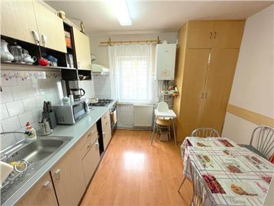 Vanzare apartament 3 camere Grigorescu zona Biomedica, Cluj-Napoca