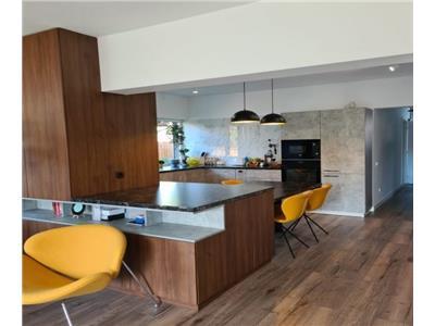 Vanzare casa tip duplex de lux cu garaj zona Dambul Rotund, Cluj-Napoca