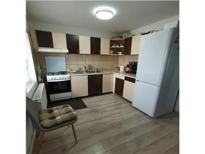 Vanzare apartament doua camere Iris zona Auchan, Cluj Napoca
