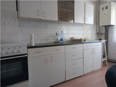 Inchiriere apartament 2 camere Manastur zona Petrom, Cluj Napoca