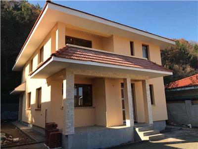 Vanzare casa individuala 4 camere semifinisata Floresti, Cluj-Napoca