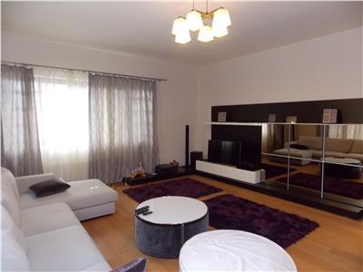 Inchiriere apartament 4 camere de LUX in Zorilor zona Platinia Mall