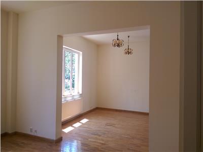 Inchiriere casa spatioasa zona Engels, A.Muresanu, Cluj-Napoca