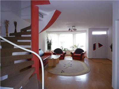 Inchiriere parte duplex 4 camere Europa, Cluj-Napoca