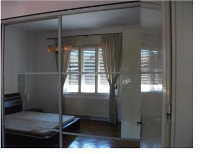 Inchiriere apartament 2 camere modern in Centru
