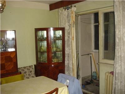 Vanzare Apartament 3 camere pret si zona buna in Manastur, Cluj-Napoca