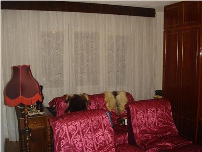 Vanzare Apartament 3 camere cu garaj in Manastur, Cluj-Napoca
