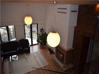 Vanzare Apartament pe 2 niveluri de lux in A.Muresanu, Cluj-Napoca