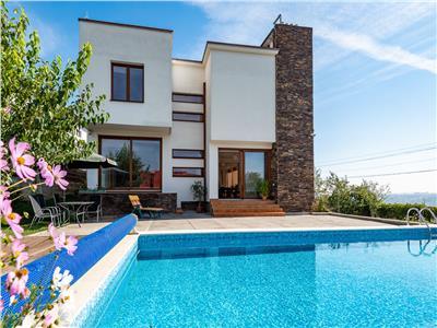 Inchiriere vila cu piscina exterioara zona Grigorescu, Cluj-Napoca