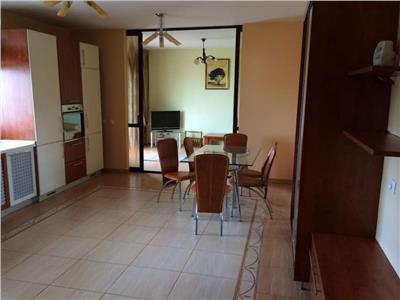 Vanzare Apartament 3 camere de lux pe 2 niveluri in Andrei Muresanu