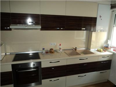 Vanzare Apartament trei camere Zorilor   Europa, Cluj Napoca