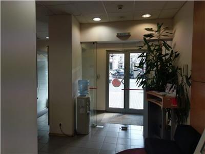 Inchiriere spatiu ideal banca sau farmacie in Centru, Piata Cipariu