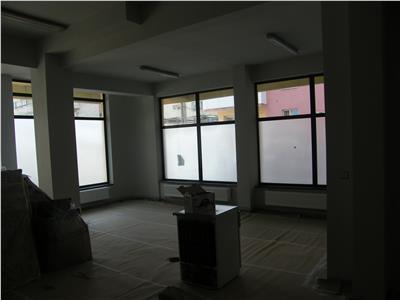 Inchiriere spatiu comercial sau pentru depozitare 300 mp zona Marasti