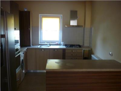 Inchiriere Apartament 4 camere modern zona Centrala, Cluj-Napoca